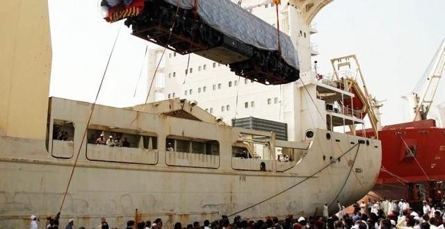 20 Chinese locomotives arrive at Karachi port
