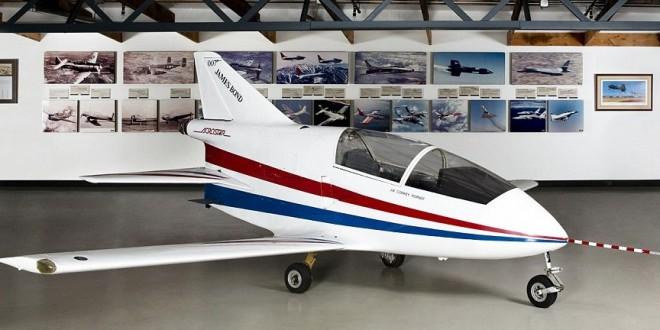 James Bond jet couldfetch $300,000 in auction