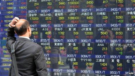 Asian stocks mostly weaker, Tokyo's Nikkei 225 falls 0.7%, Hang Seng dips 0.6pc