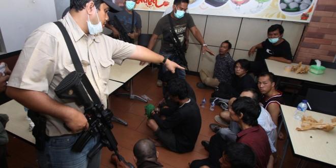 Indonesia Anti-Narcotics seizes 800kg methamphetamine, arrests 9 people