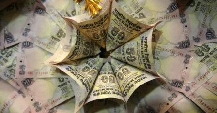 Australian dollar falls below 76 US cents, hits lowest level since financial crisis