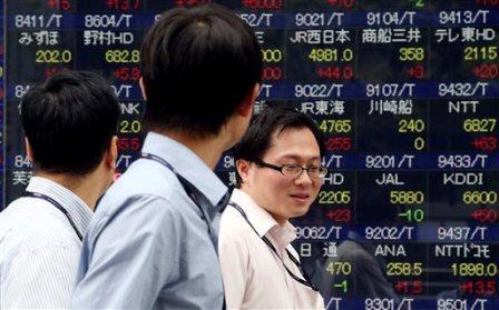 Tokyo stocks gain at noon, Nikkei 225 advances 0.53pc