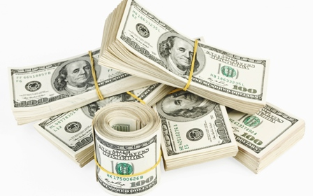 US dollar trade in lower 121 yen in morning