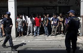 Greece's Customs arrests 350 illegal migrants