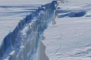Antarctic ice shelf a few years from disintegration, NASA