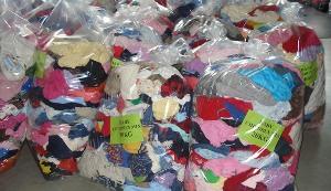 Faisalabad ASO seizes non-customs paid cloth worth Rs4m