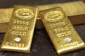 Customs seizes gold worth Rs 80 lakh at Mumbai airport