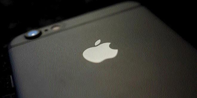 Amid talk of 'peak iPhone', Apple's prospects hinge on next model