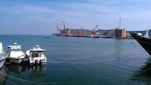 Gwadar port improves Pakistan's strategic position, attracts investors: PM