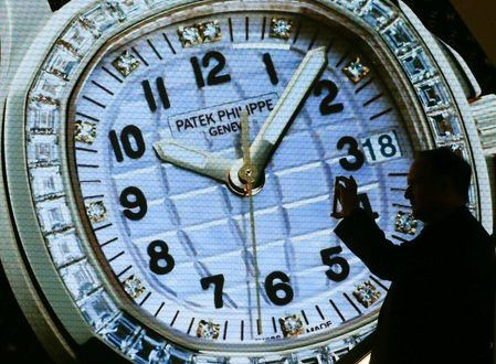 Swiss watch exports regain pace