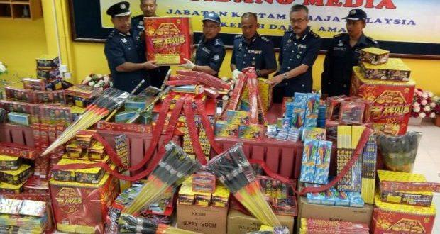Kedah Customs seizes fireworks worth over RM225,000
