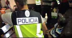 Spanish police break up people smuggling ring