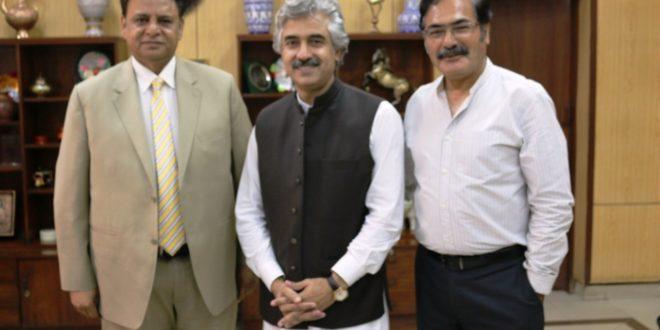 Provincial Minister Mian Aslam, LCCI head Malik Tahir for public-private partnership