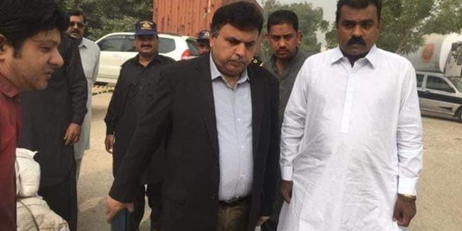 Hyderabad Customs foils bid to smuggle Indian gutka near Matiari