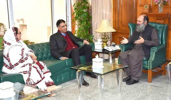 Asad Umar visits Balochistan, calls on CM Jam, business community