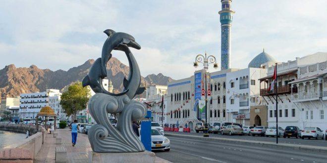 Oman mulls extending expat visa ban
