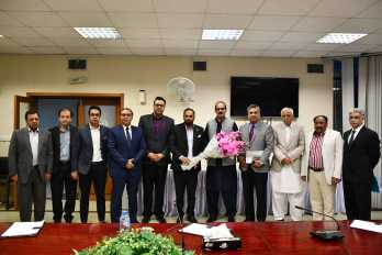 Govt to address key issues of business community: Ali Nawaz Awan