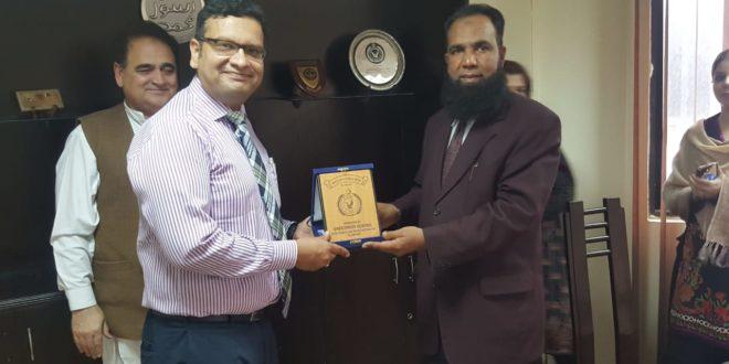 DG I&I Zahid Khokhar lauds services of Deputy Director Khaldoonul Haq