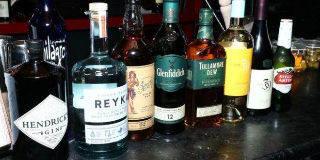 Fake liquor licence probe uncovers more Customs hanky-panky