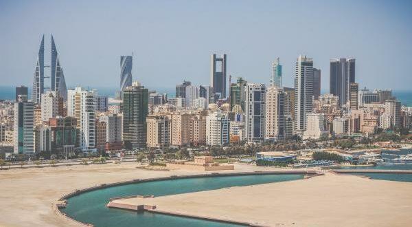 Bahrain accelerates setup process for Singapore startups