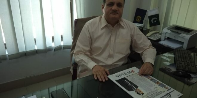 Multan I&I Director Dr. Adnan Akram visits Sadiqabad region to check anti-smuggling measures