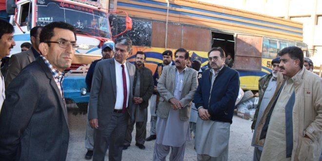 Quetta Customs foils bid to smuggle foreign origin cloth worth Rs80m