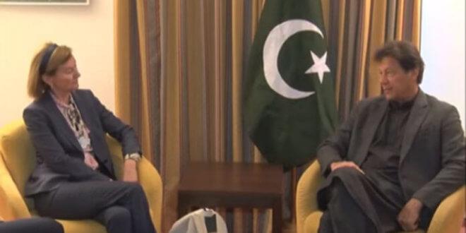 Telenor CEO, Facebook COO meet Imran Khan at Davos