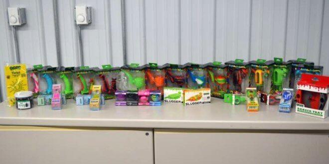 42,390 'pieces of drug paraphernalia' seized at Canada-U.S. border