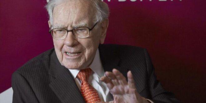 Buffett's Berkshire posts nearly $50b loss on coronavirus