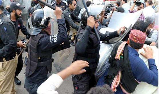 Violation of SOPs: District administration seals Zainab Market, Victoria Market & Gull Plaza