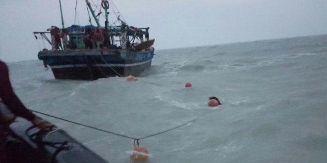 Sindh govt lifts ban on fishing