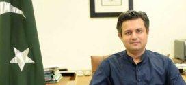 PM Imran Khan praises Hammad Azhar as a 'rising star'