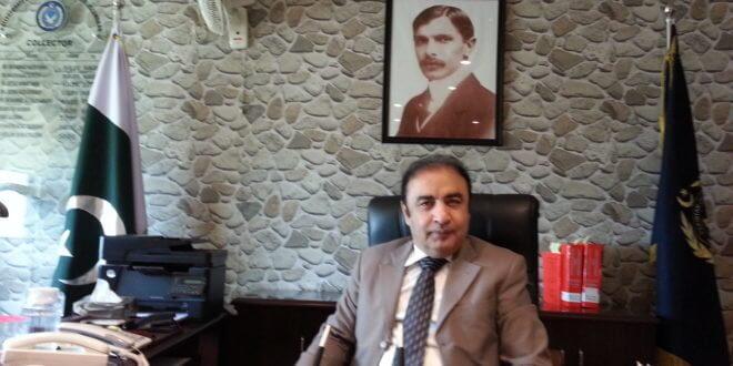 Director Dr. Sadiqullah Khan's Hyderabad I&I foils bid to smuggle goods worth Rs76.62m near Kashmore
